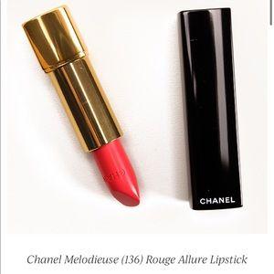 Chanel Rouge Allure Luminous Intense 136 Lipstick